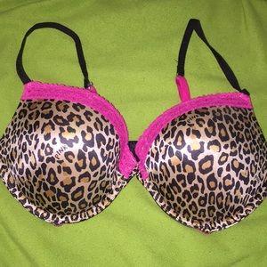 Victoria Secret Pink cheetah lace push up bra